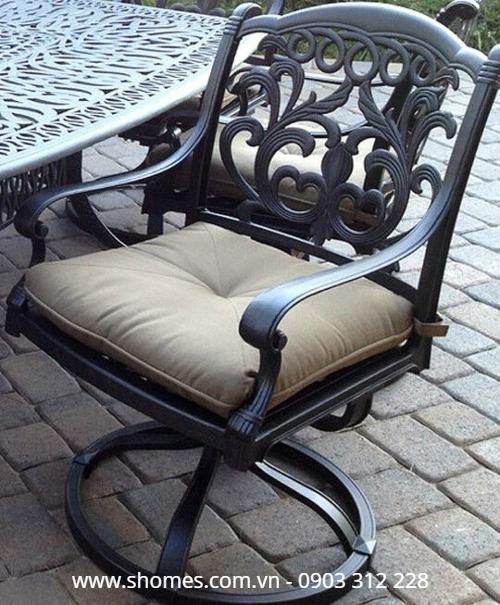 Mua bàn ghế nhôm đúc ngoài trời